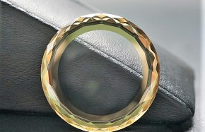 Sapphire Watch Glass with Gold Metalization